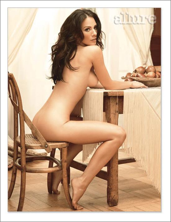 Carla Gugino Nude Allure 116