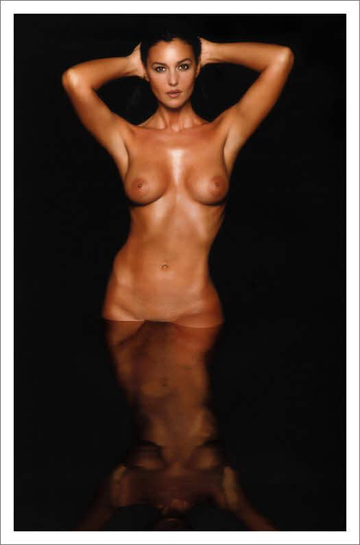 monica bellucci boobs pictures ass